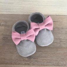 Light Grey & Pink bows